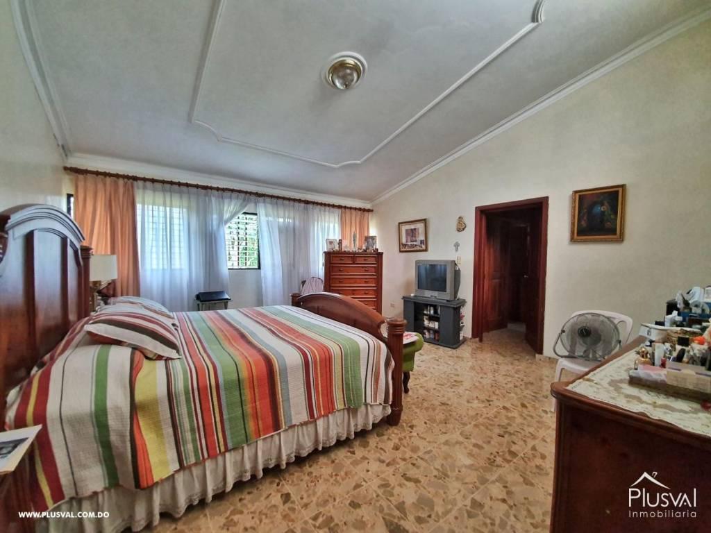Casa en Venta Altos de Arroyo Hondo III con 6 Habitaciones y 6 Parqueos 139472