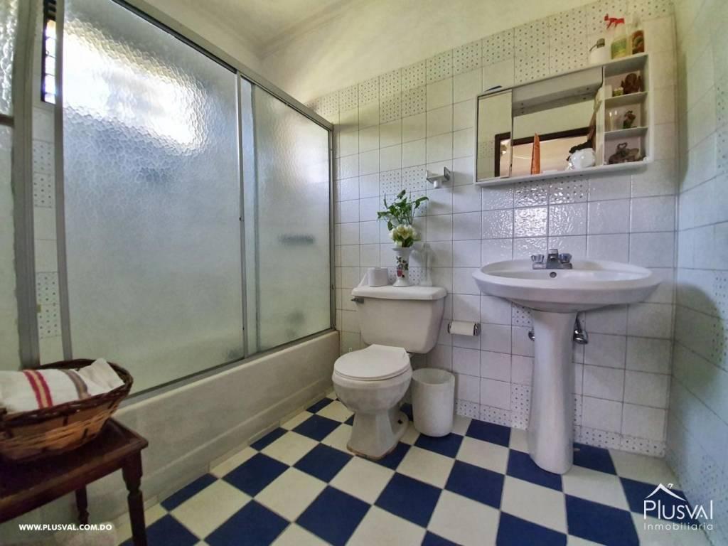 Casa en Venta Altos de Arroyo Hondo III con 6 Habitaciones y 6 Parqueos 139471