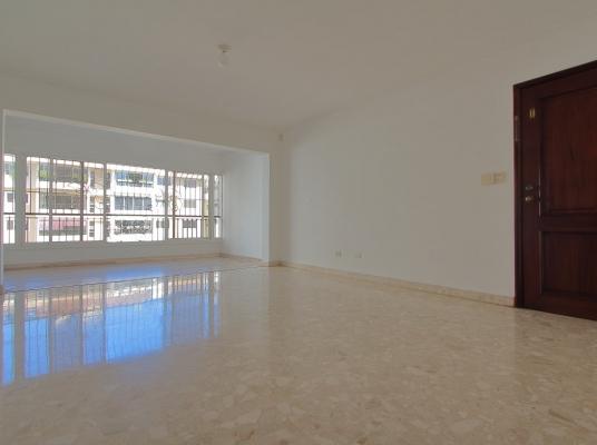 Apartamento 3 Habitaciones 2 Parqueos Arroyo Hondo Viejo x IKEA