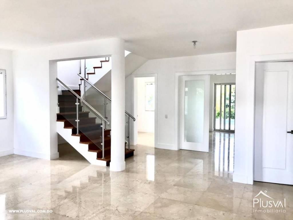 Moderna casa en Puntacana Village para estrenar