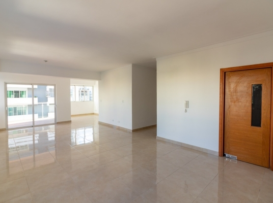 Amplio apartamento en venta en el exclusivo sector de Paraíso