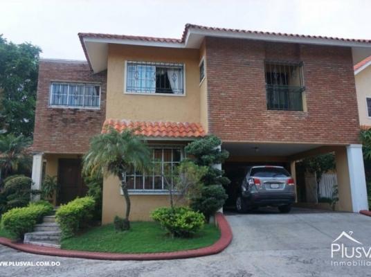 Casa en alquiler, Altos de Arroyo Hondo II