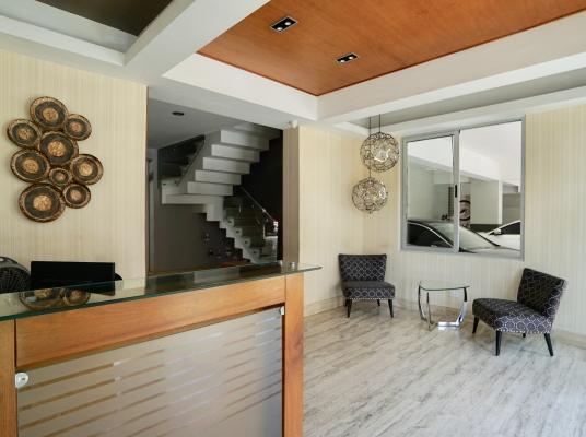 Apartamento en Venta, en Naco