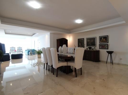 Hermoso apartamento en venta, Cacicazgos