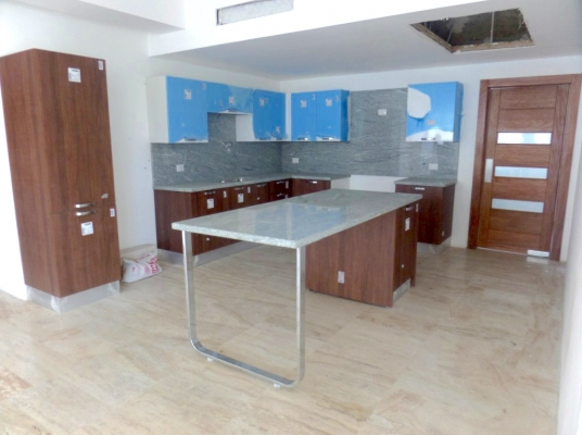 Apartamento en venta, Piantini, 2do nivel