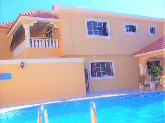 Casa en venta de Dos niveles, Av. Ecológica