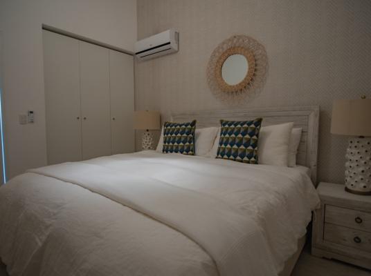 Hermoso Penthouse amueblado de 3 habitaciones/Penthouse for sale