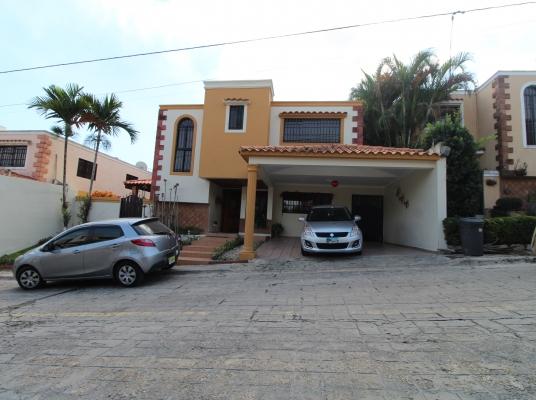 Casa en venta Proyecto Cerrado, Altos de Arroyo Hondo