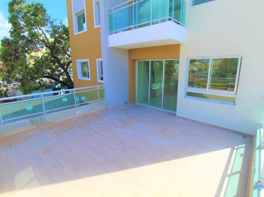 Apartamento en venta con Amplia Terraza Lucerna