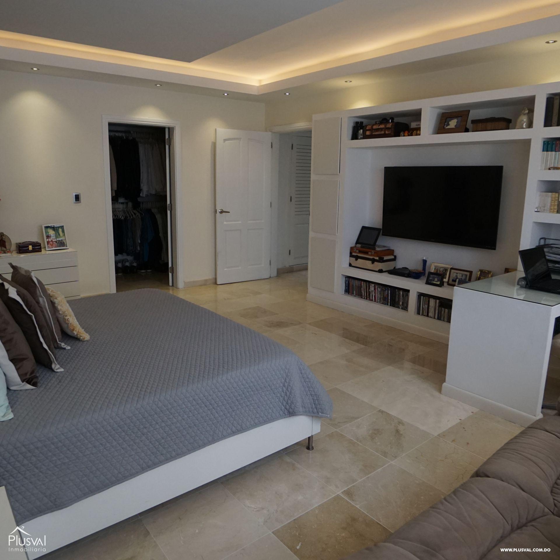 Lujoso apartamento en VENTA en Zona Residencial de NACO 182971