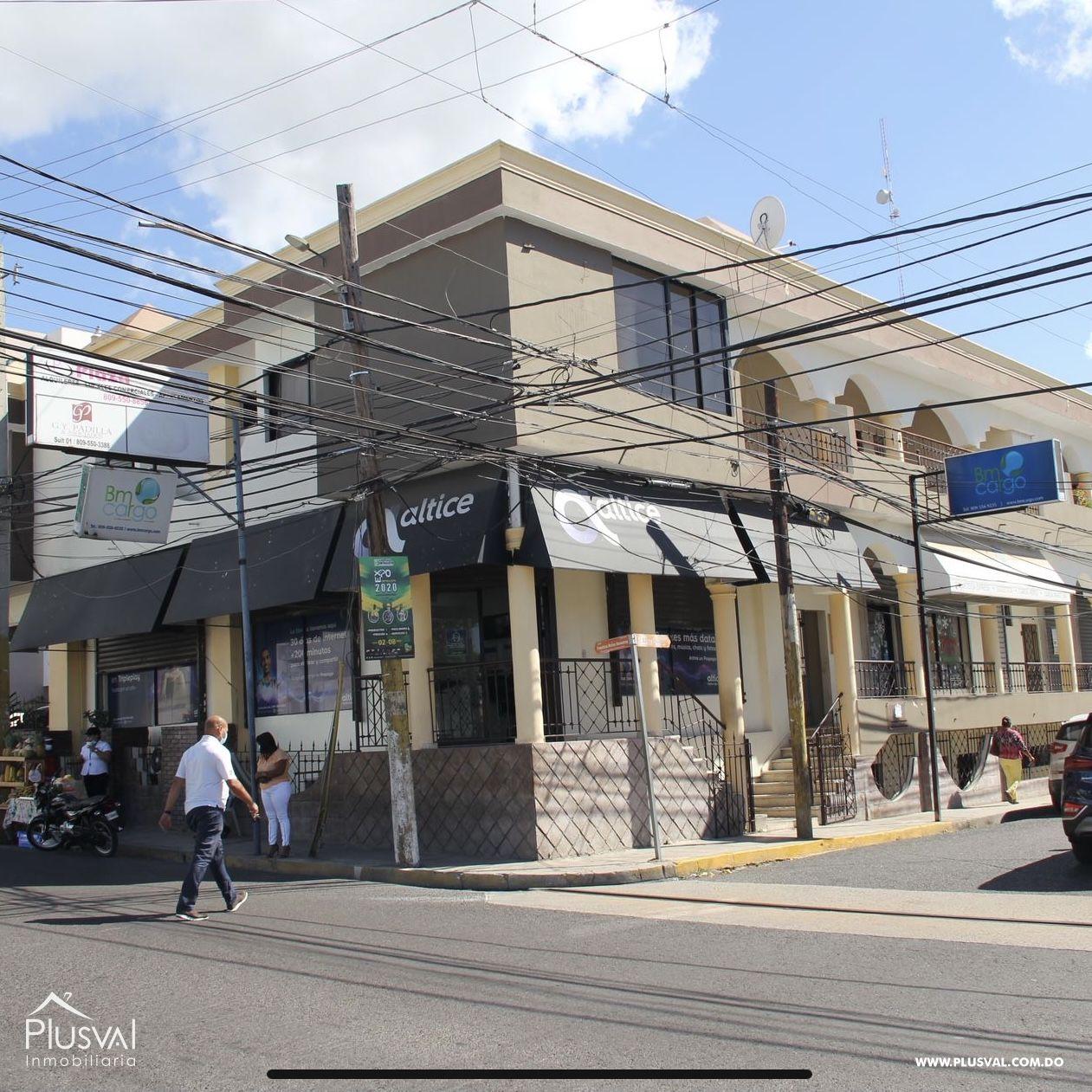 Propiedad comercial de esquina en Venta, La Romana