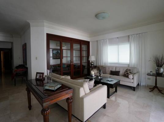 Apartamento en venta en el sector de Evaristo Morales