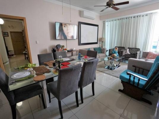 Moderno apartamento en alquiler amueblado en Serralles