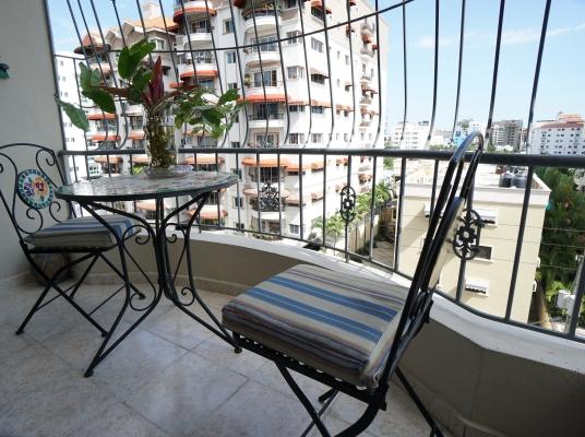 Clásico apartamento en venta, Evaristo Morales