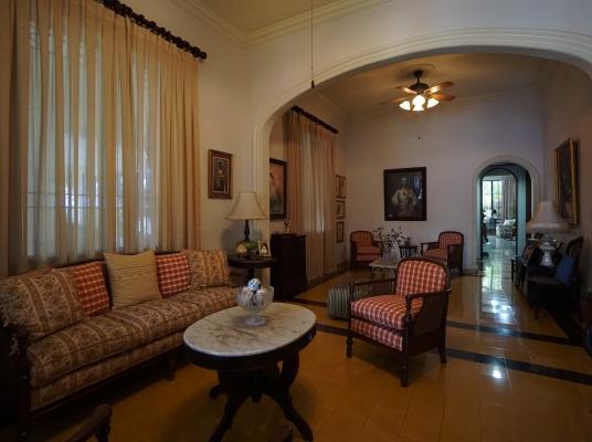 Bellisima casa antigua en alquiler  - Gazcue