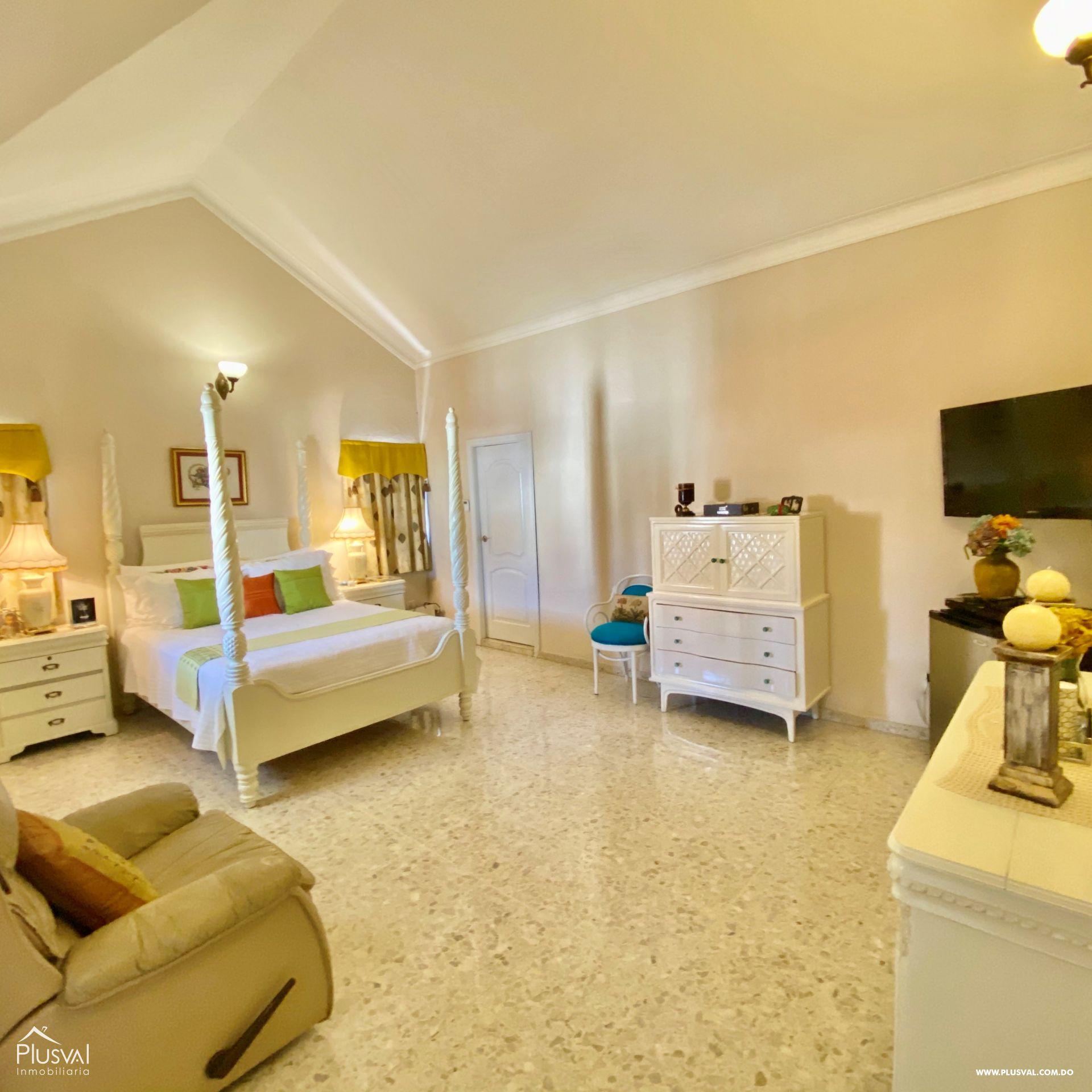 Casa en Venta de Dos Niveles en la Autopista San Isidro 151146