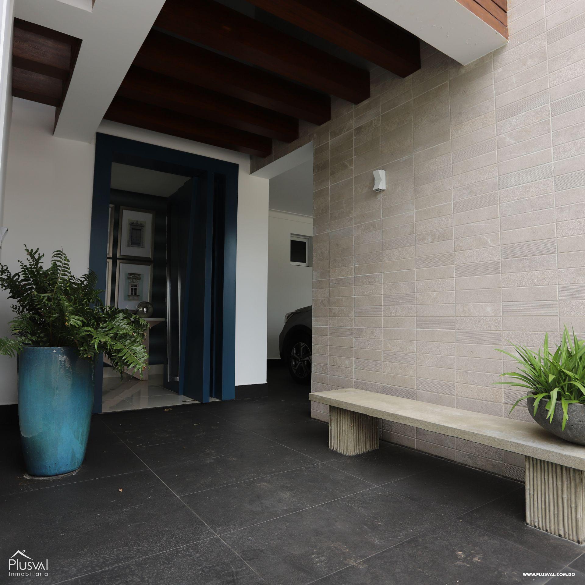 Impresionante Residencia Privada en Proyecto Cerrado 179178