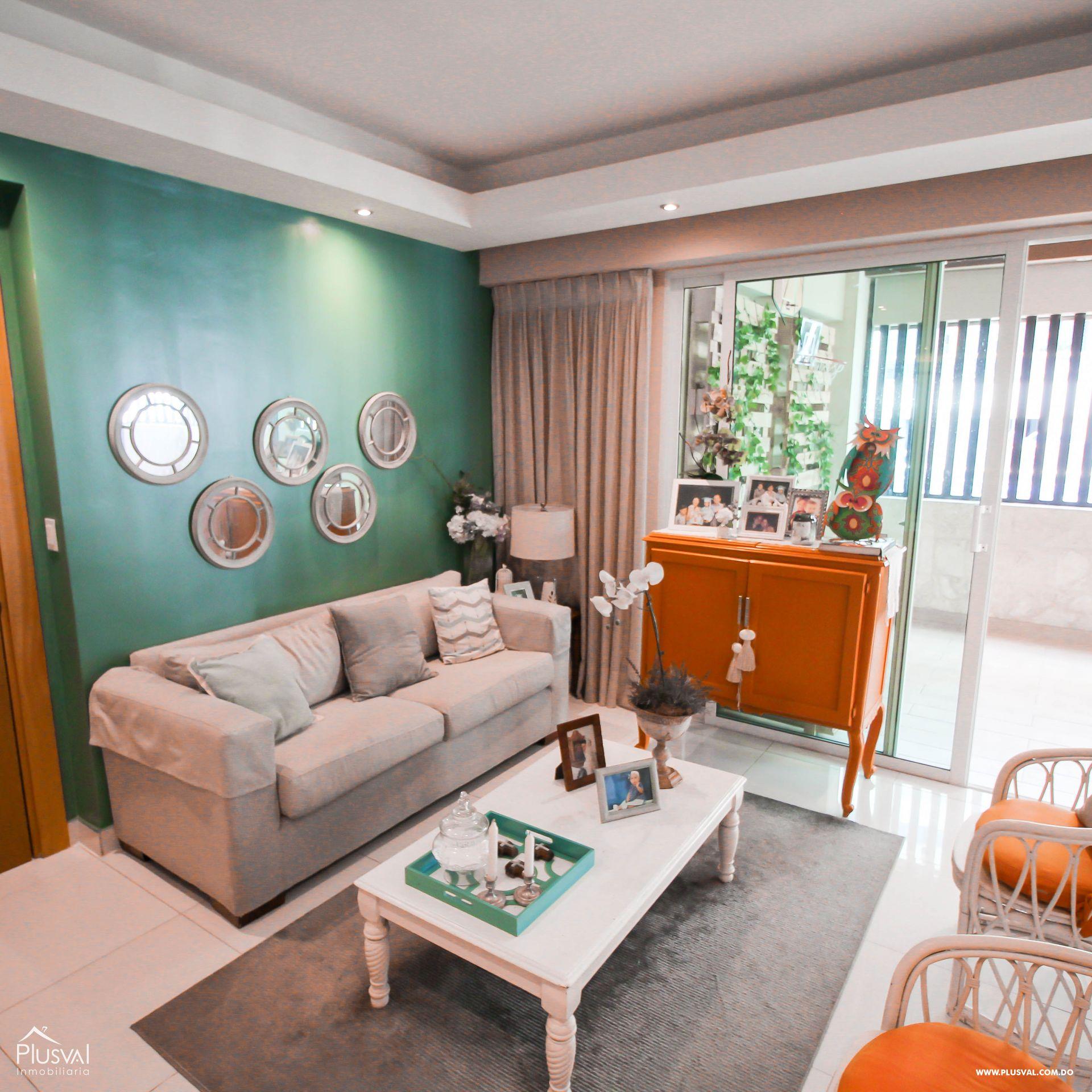 Apartamento en Venta con Terraza en Naco 157347