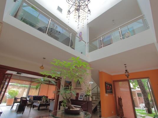 Moderna Casa con Piscina en Venta o Alquiler en Be
