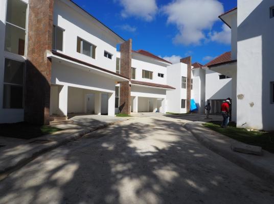 Casas nuevas en alquiler, Cuesta Hermosa