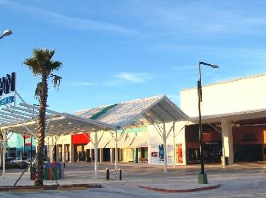 Local Comercial San Juan Shopping Center