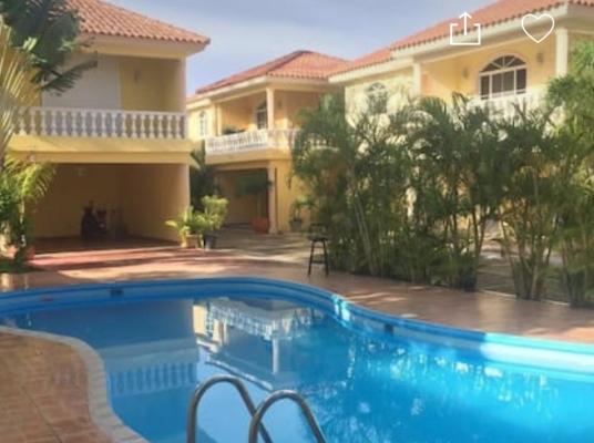 Casa en venta en Juan Dolio (AMUEBLADO)