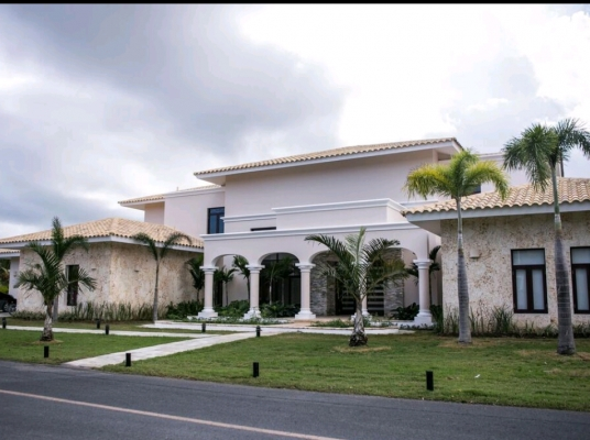 Venta Villa de Lujo- Zona privilegiada de Bávaro