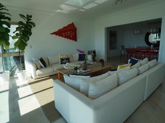 Amplio apartamento en Venta, Cacicazgos