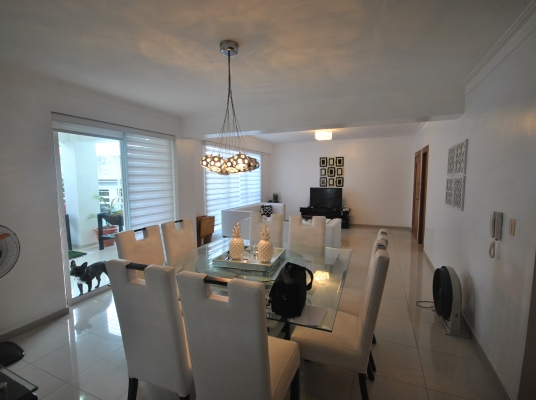 Apartamento en venta, Naco. PRECIO DE OFERTA