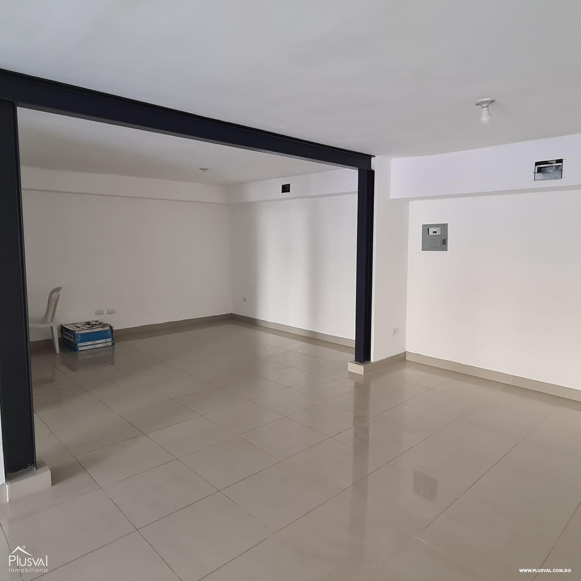 Plaza comercial con locales en alquiler, Piantini 172476