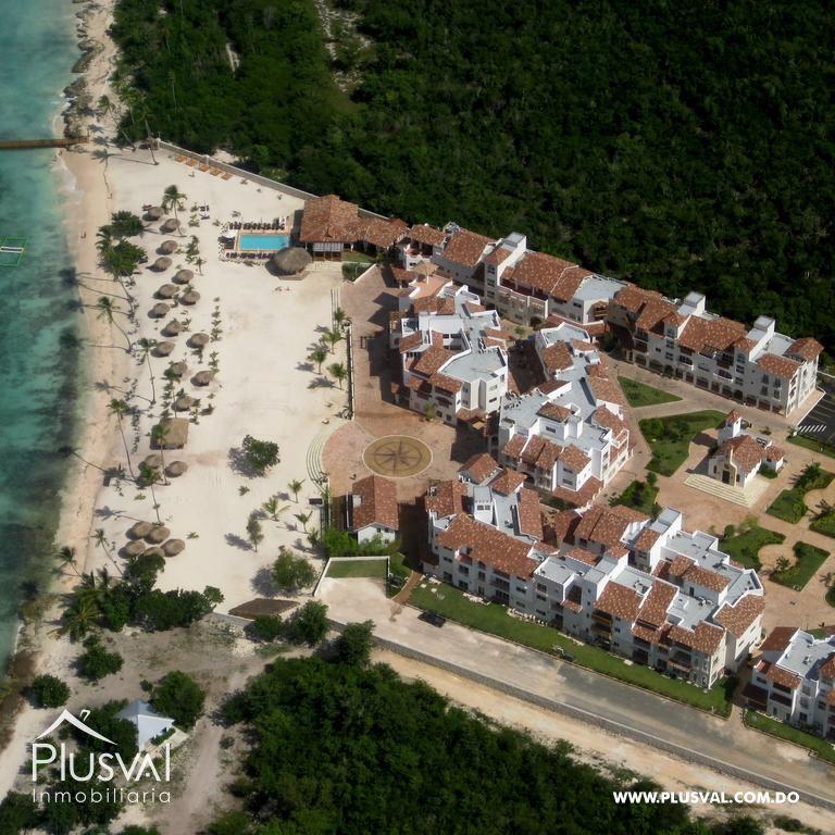 Apartamentos de 2 habitaciones amueblados frente a playa en Dominicus, Bayahibe