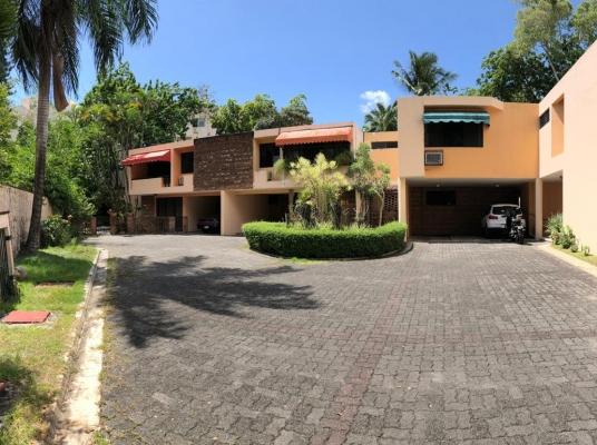 Excelente residencia para familia en crecimiento