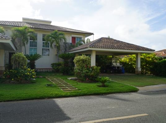 Exclusiva Casa con vistas al campo de Golf