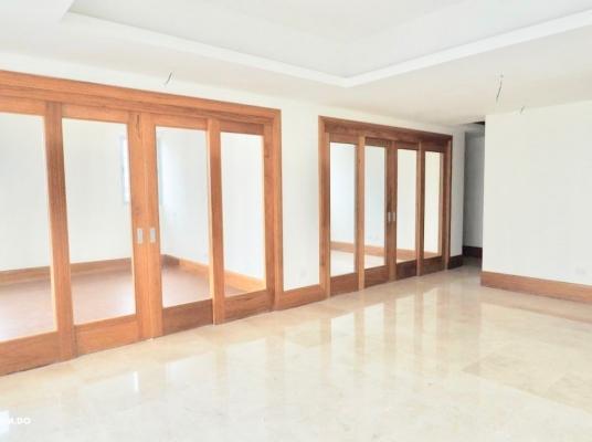 Apartamento de Venta, Serralles.