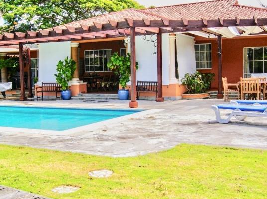 Villa en venta en Juan Dolio.