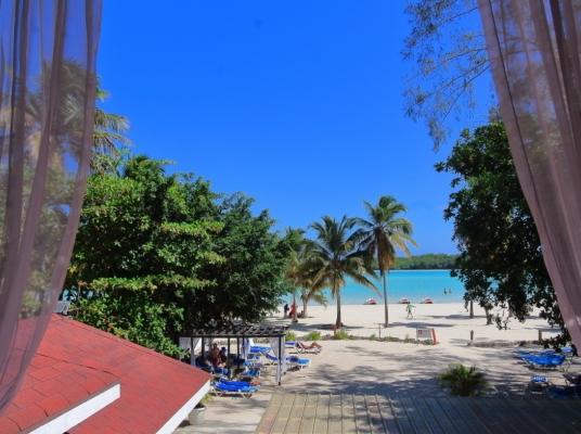 Apartamento en Boca Chica en Resort con Playa