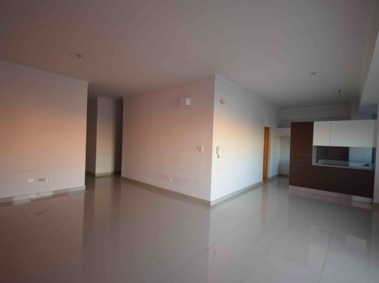 Hermoso apartamento en venta, Evaristo Morales.