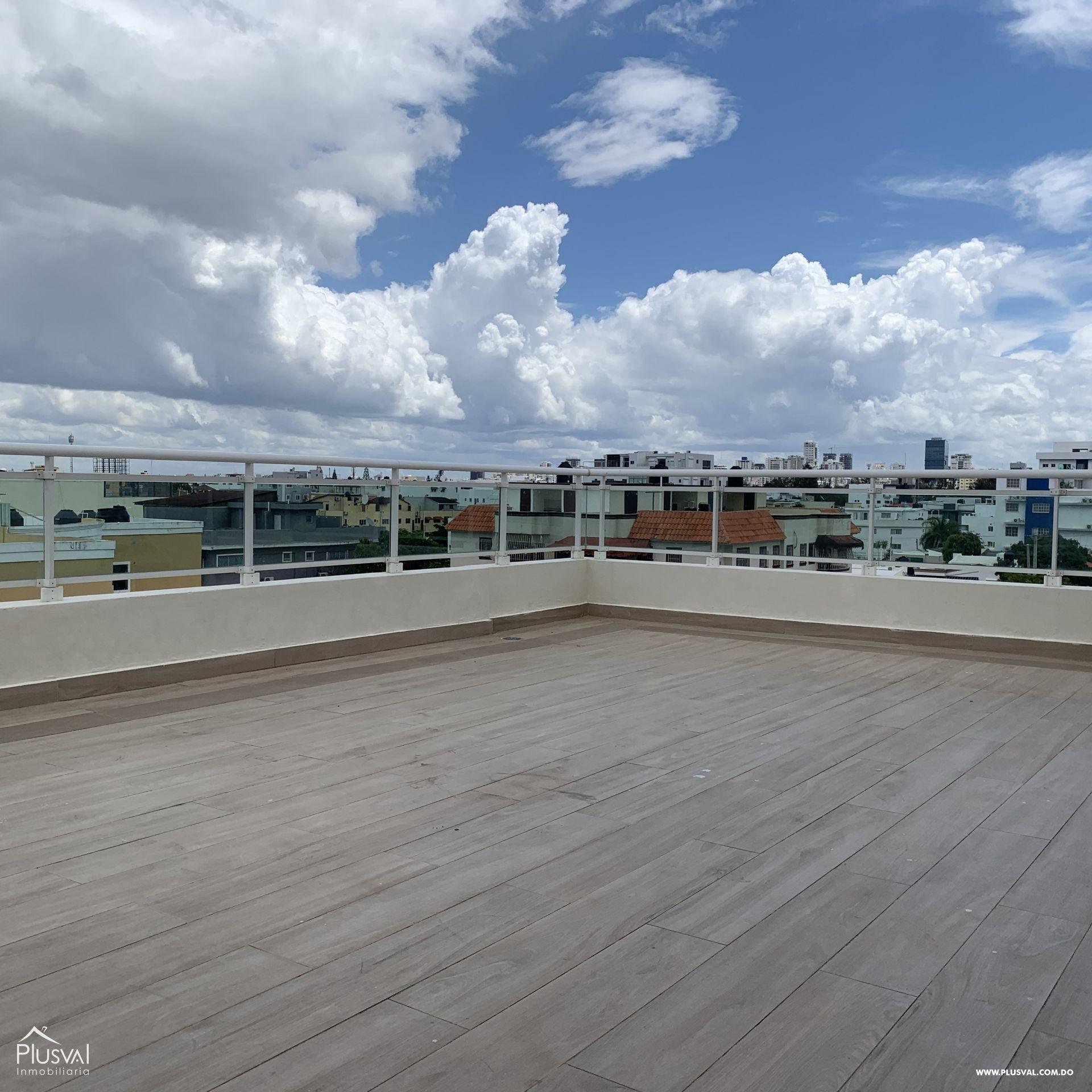 Apartamento de venta en el Millón con terraza privada