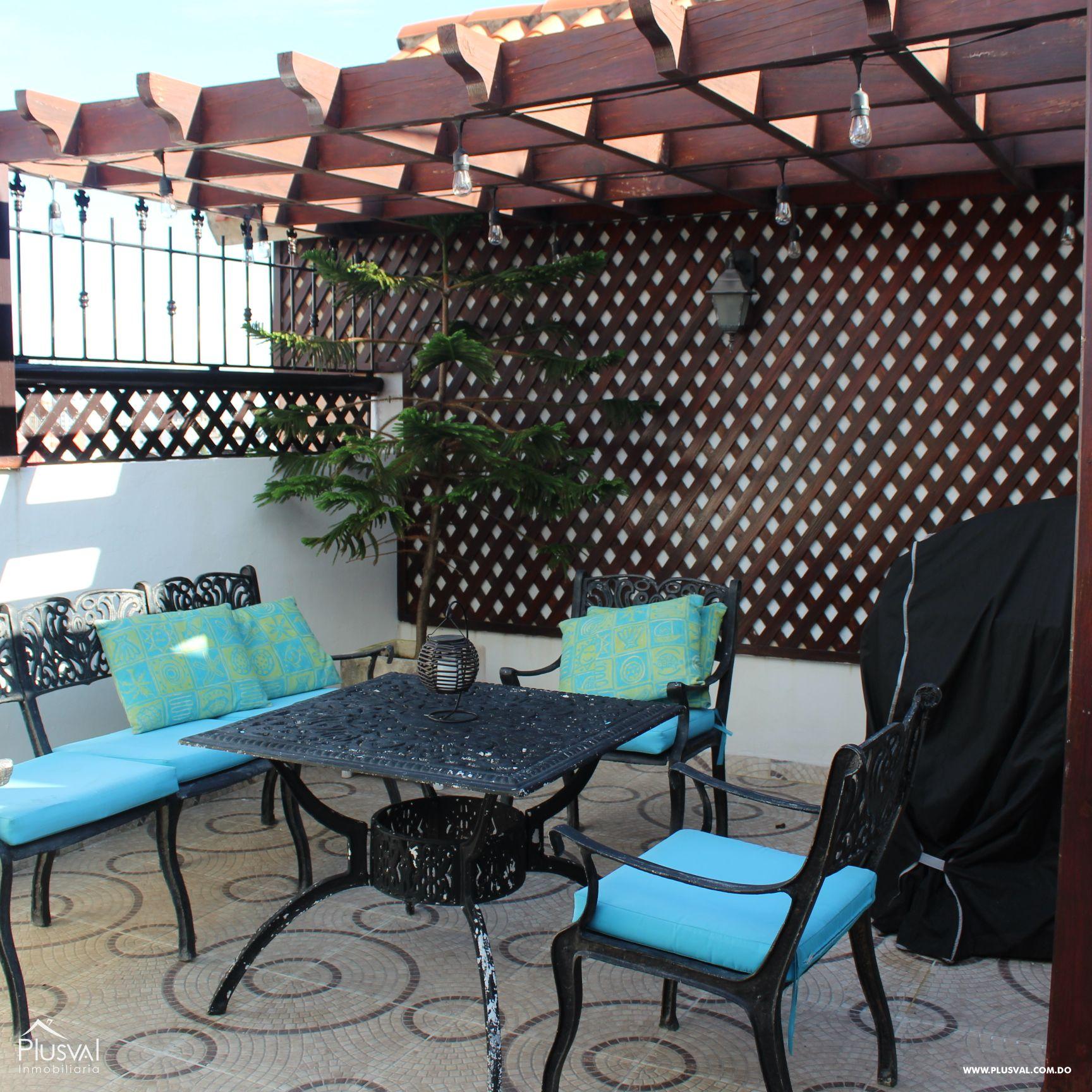 Hermoso Apartamento tipo PH en Venta en Evaristo Morales! 157289