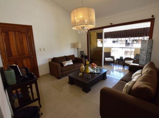 Apartamento en venta, Arroyo Hondo. 4to. Piso
