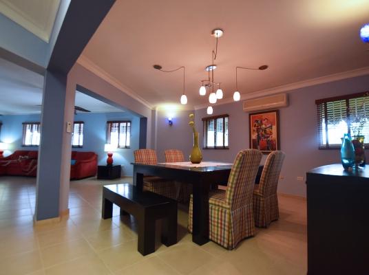 Penthouse en alquiler, Cacicazgos