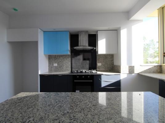 Apartamento en alquiler, Evaristo Morales.
