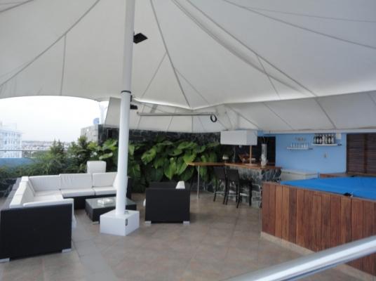 Penthouse en venta AMUEBLADO en moderno apartamento, Mirador Norte.