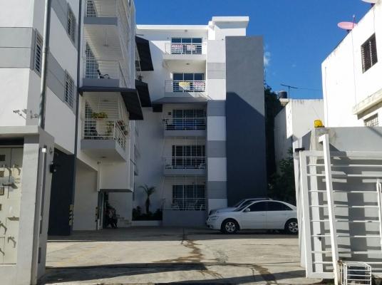 Apartamento en venta en la Av. Independencia