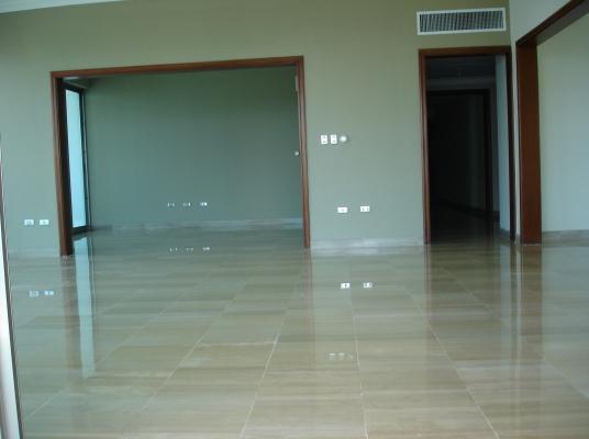 Amplio apartamento en alquiler, La Esperilla