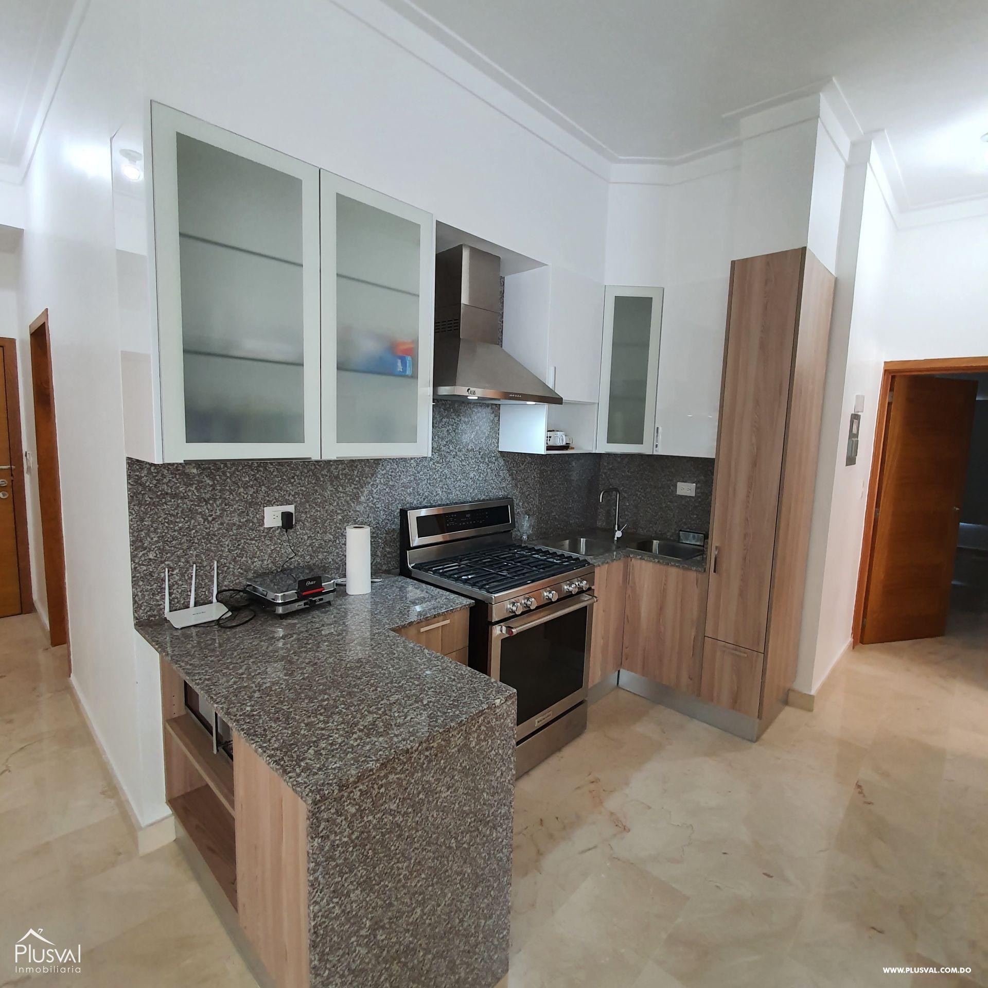 Apartamento en alquiler en Evaristo Morales 165970