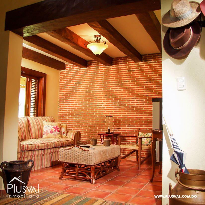 Villa en venta en Jarabacoa con amplios jardines 159869