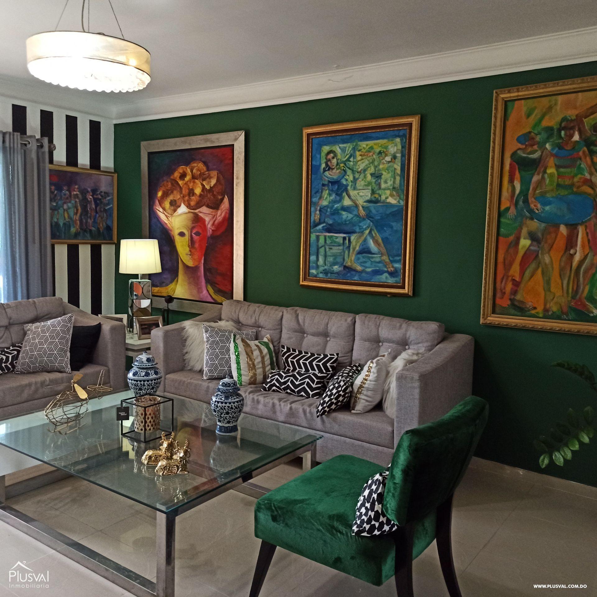 Apto. tipo Pent House, Zona residencial, muy tranquila, terraza techada y Aire libre.