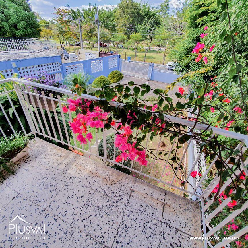Casa en Los Jardines, proximo al Botanico