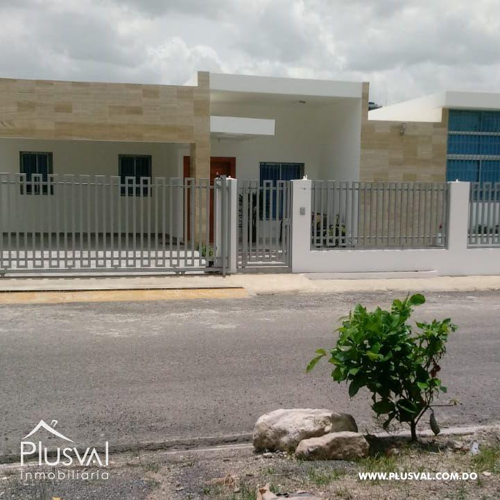 Impresionante Residencia Privada en Proyecto Cerrado